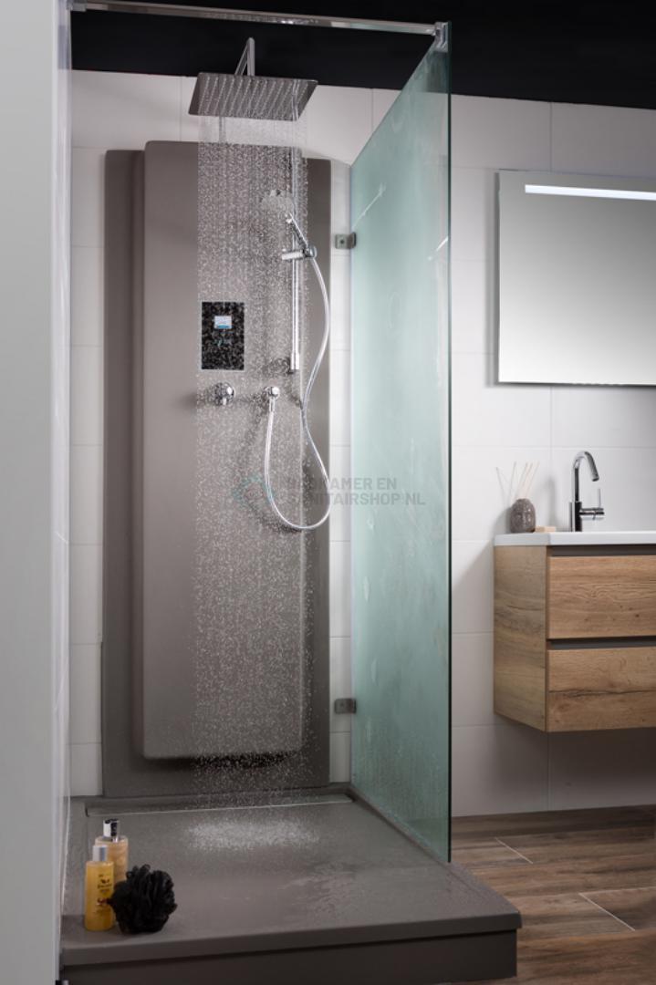 Upfall shower